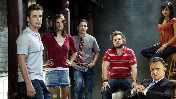 Rick Gonzalez, Bret Harrison, Tyler Labine, Ray Wise And Missy Peregrym In Reaper